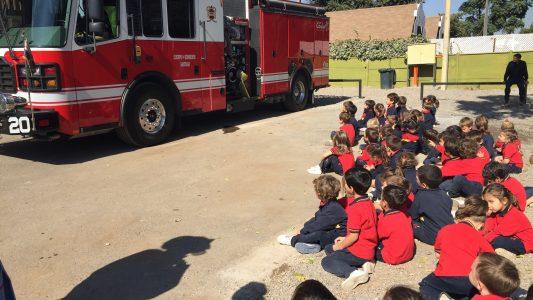 Visita bomberos pre escolar 2018 (12)